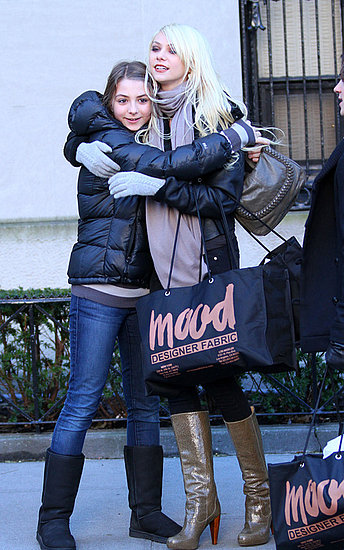 Taylor Momsen and her little sister