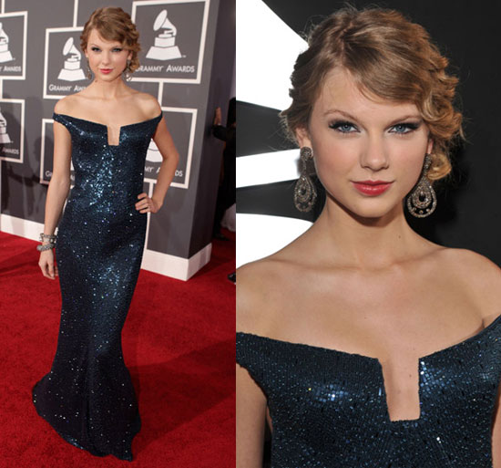 Taylor Swift in Kaufman Franco at 2010 Grammy Awards