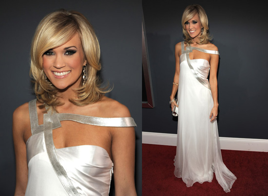 Carrie Underwood at 2010 Grammy Awards 2010-01-31 17:47:51