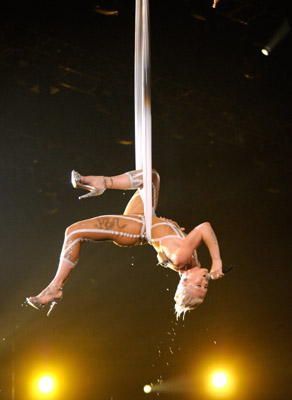 Where to Take Aerial Dance Classes,Video of Pink's Aerial Dance Performance at the Grammys