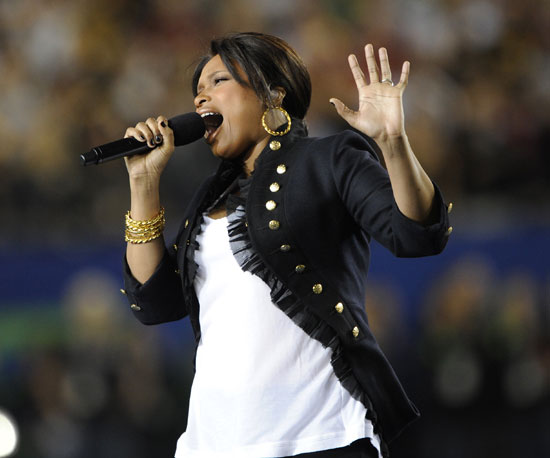 It was Jennifer Hudson's turn to sing the national anthem in 2009.