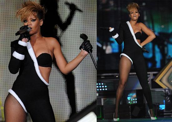 Photos of Rihanna and Justin Bieber Playing a Super Bowl Show 2010-02-05 10:00:26