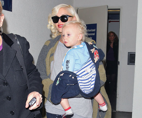 Photo Slide of Gwen Stefani And Zuma Rossdale at LAX