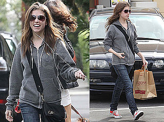 Photos of Anna Kendrick in a Hoodie Buying Groceries