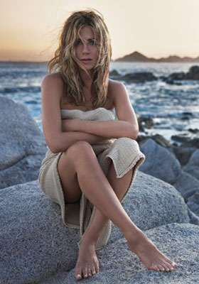 Jennifer Aniston Perfume Ad For Lolavie 2010-04-16 10:30:12