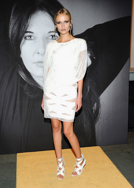 Natasha Poly was the only guest in white — fresh and beautiful, nonetheless.