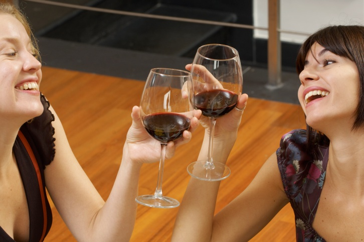 Is Alcohol Appropriate at a Kiddie Party?