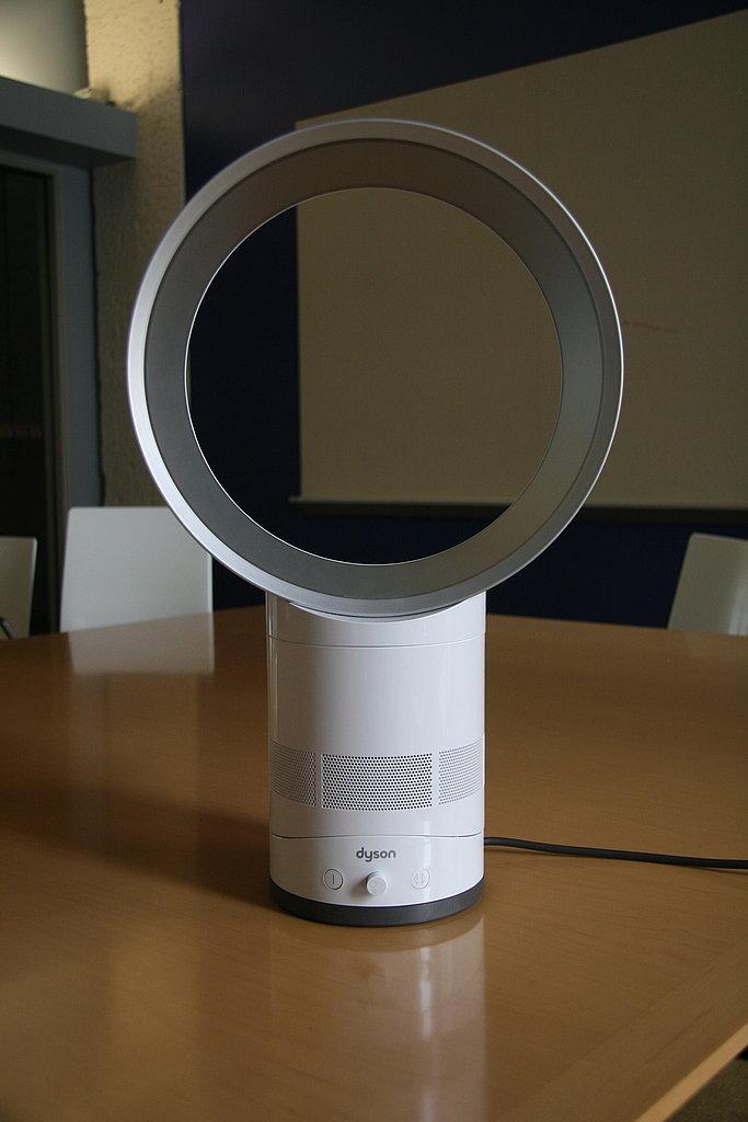Photos of the Dyson Desk Fan