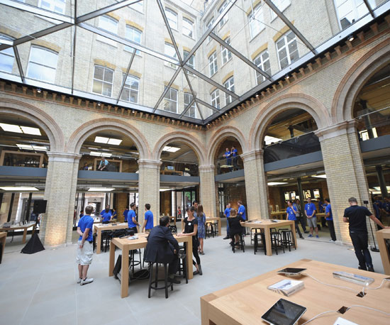Pictures of Apple Store Covent Garden UK