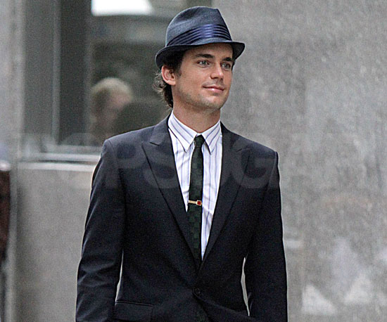 Slide Picture of Matthew Bomer Filming White Collar in NYC