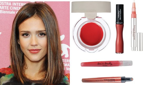 Jessica Alba's Coral Lip Gloss Look