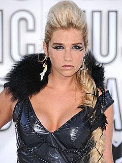 Ke$ha at 2010 MTV VMAs