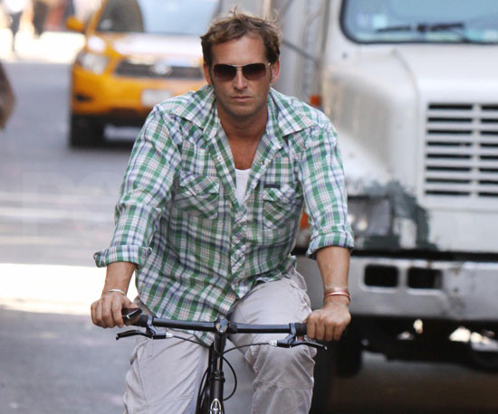 Slide Picture of Josh Lucas Riding His Bike in NYC