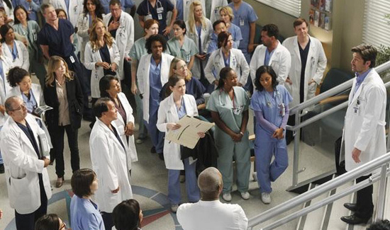 New Pictures From the Grey's Anatomy Season 7 Premiere