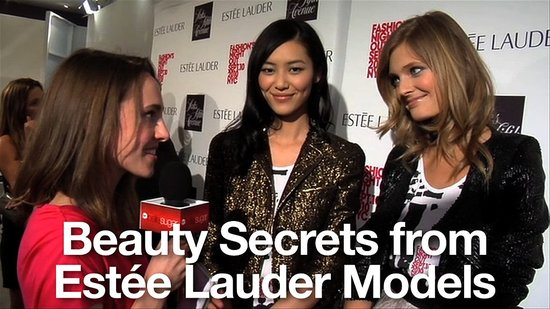 Beauty Advice from Models at Estee Lauder: Carolyn Murphy, Hilary Rhoda, Constance Jablonski, Liu Wen 2010-09-15 17:46:39