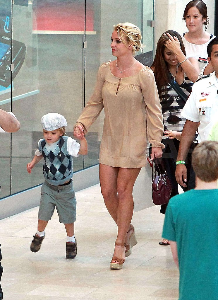 Pictures of Britney Spears and Boys