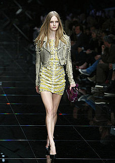 Spring 2011 London Fashion Week: Burberry Prorsum 2010-09-21 15:38:07