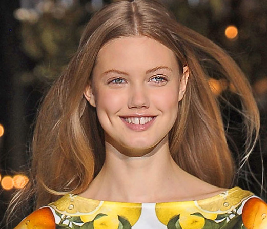 10 of the Most Beautiful Hair and Makeup New Looks From 2011 Spring Paris Fashion Week