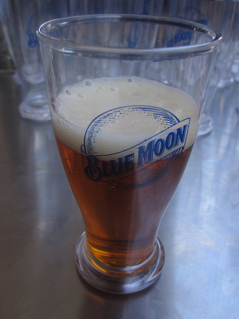 Blue Moon was handing out the most adorable miniature pint glasses. I always drink its Belgian wheat, so I tried the seasonal pumpkin ale. It was light and refreshing with a subtle pumpkin flavor.