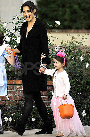 Pictures of Suri Cruise in Costume, Katie Holmes, and Tom Cruise Doing Stunts