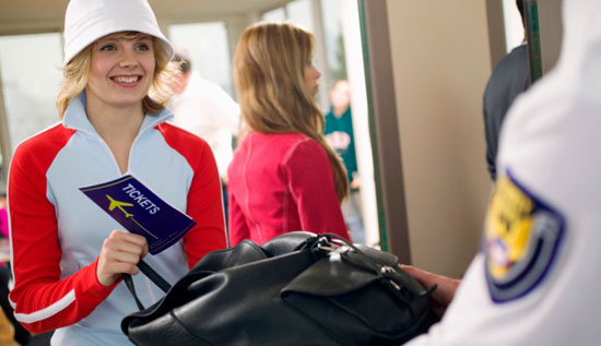 Tips For Healthy Travel This Holiday Season