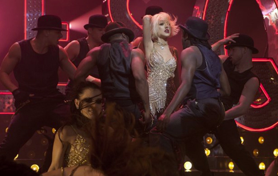 Burlesque Movie Review, Starring Christina Aguilera and Cher