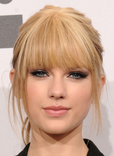 November 2010: American Music Awards Press Room