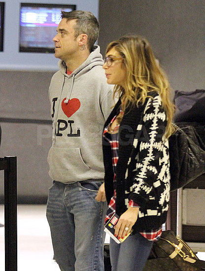 Pictures of Robbie Williams and Ayda Field at LAX Preparing For Christmas in the US
