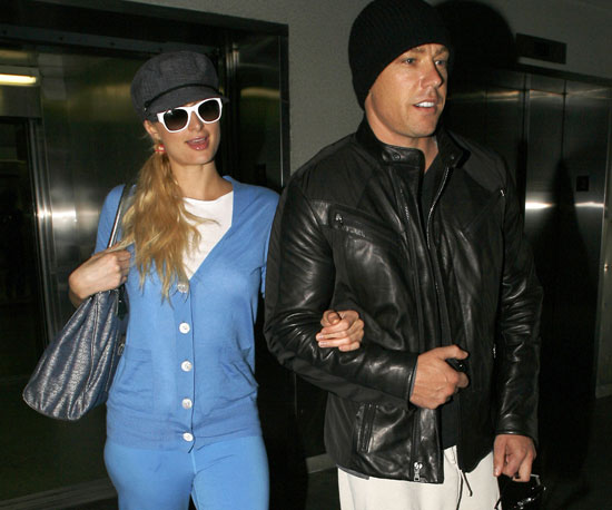 Slide Picture of Paris Hilton Arriving Into LAX With Cy Waits