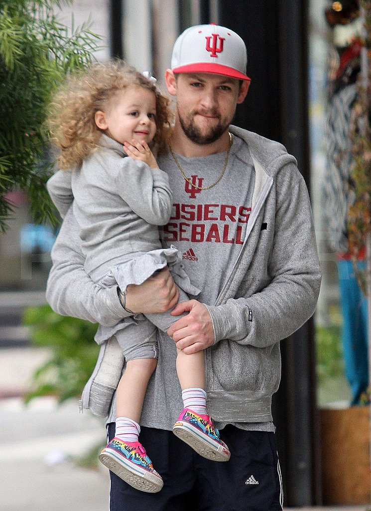 Photo of Joel Madden & his  Daughter  Harlow Madden