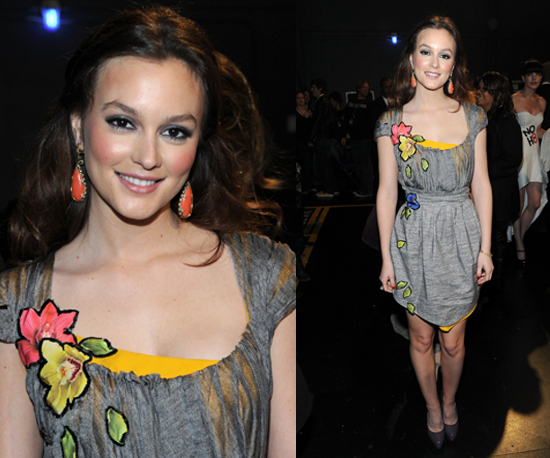 Leighton Meester at 2011 People's Choice Awards