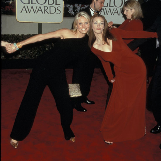 Cameron Diaz was back at the awards in 2000 where she and Julia Roberts goofed around on the red carpet.