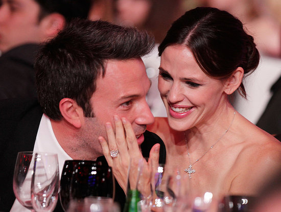 Pictures of Ben Affleck and Jennifer Garner Kissing at 2011 Critics' Choice Awards