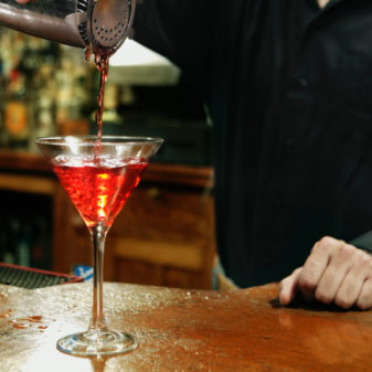Real Life Facts About Being a Bartender