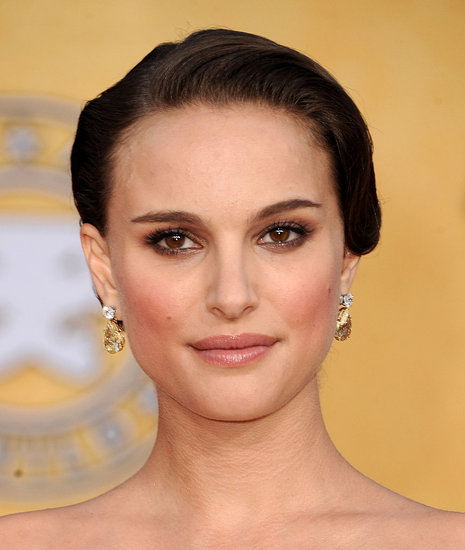 How to Get Natalie Portman's SAG Awards Makeup Look 2011-01-30 19:37:16