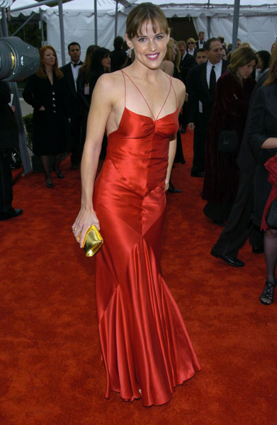 Jennifer Garner went red-hot in '04.