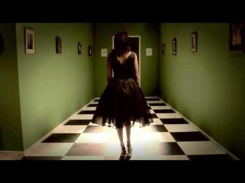 Lisa Edelstein in Coat Hanger Abortion Ad