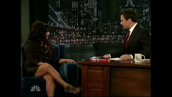 Snooki Shares Fried Pickles and Pickle Shots with Jimmy Fallon