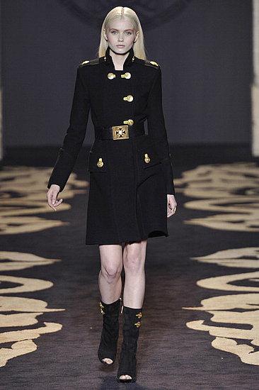 2011 Fall Milan Fashion Week Review: Versace