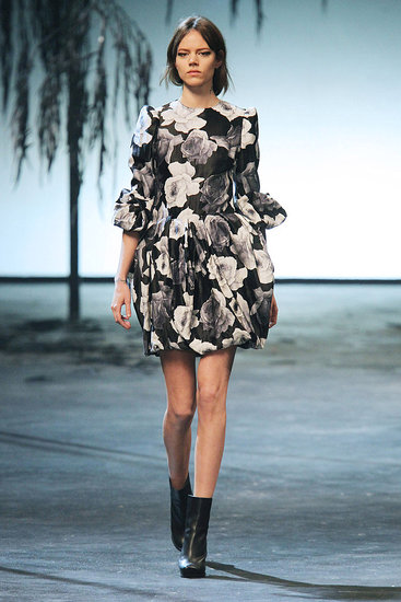Fall 2011 Paris Fashion Week: Lanvin 2011-03-06 13:10:12