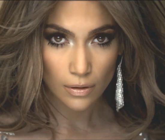 Jennifer Lopez Silver Eye Shadow Eye-Brightening Tips 2011-03-04 11:45:34