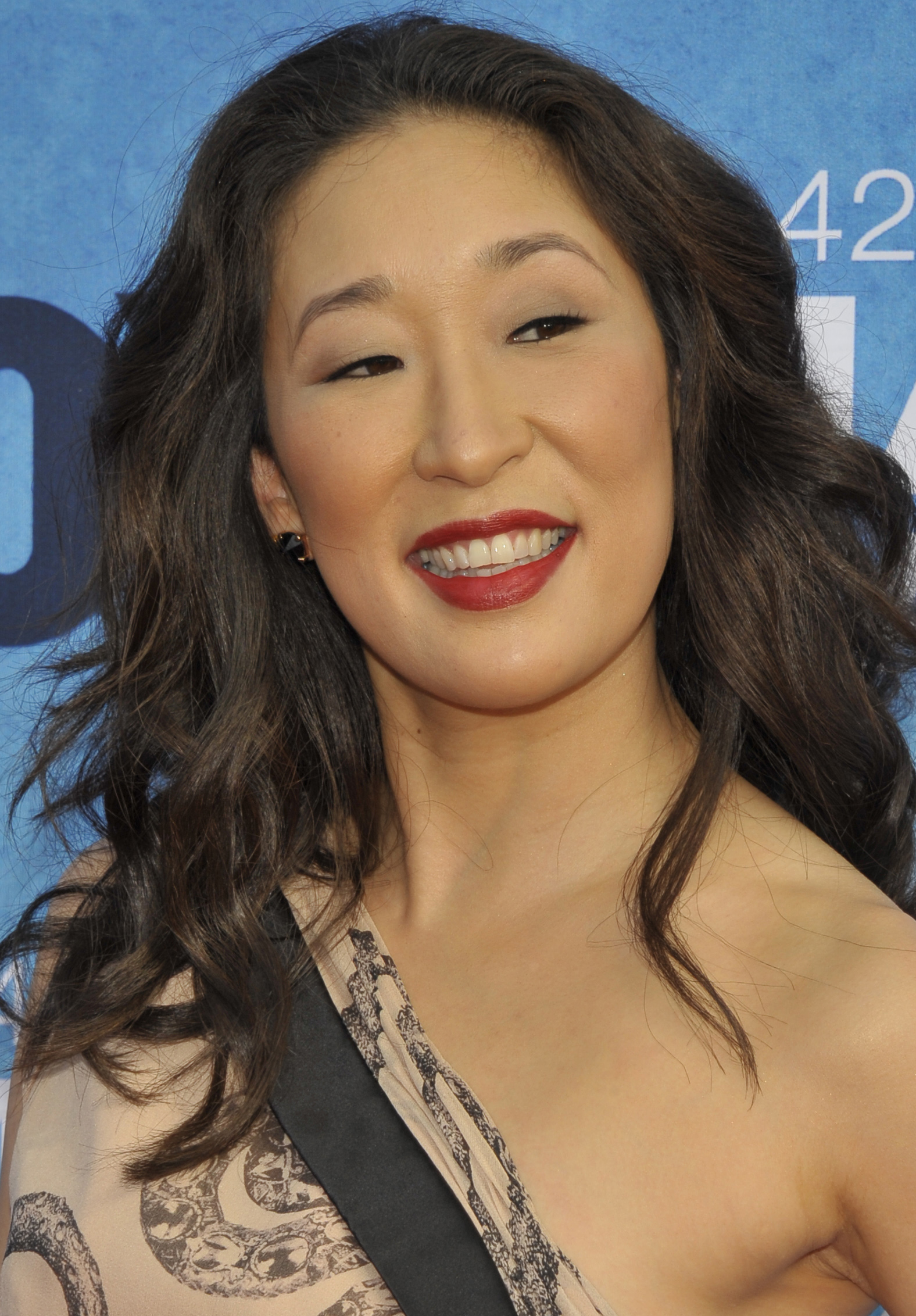 sandra oh - photo #8