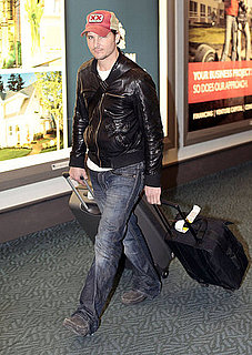Pictures of Peter Facinelli Landing in Vancouver