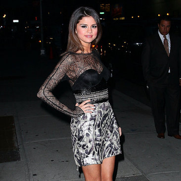 Pictures of Selena Gomez on The Late Show With David Letterman 2011-03-15 07:29:31