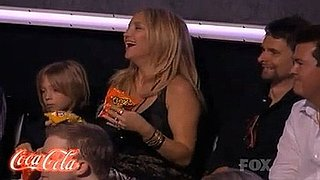Video: Pregnant Kate Hudson on American Idol With Son Ryder and Boyfriend Matt Bellamy of Muse