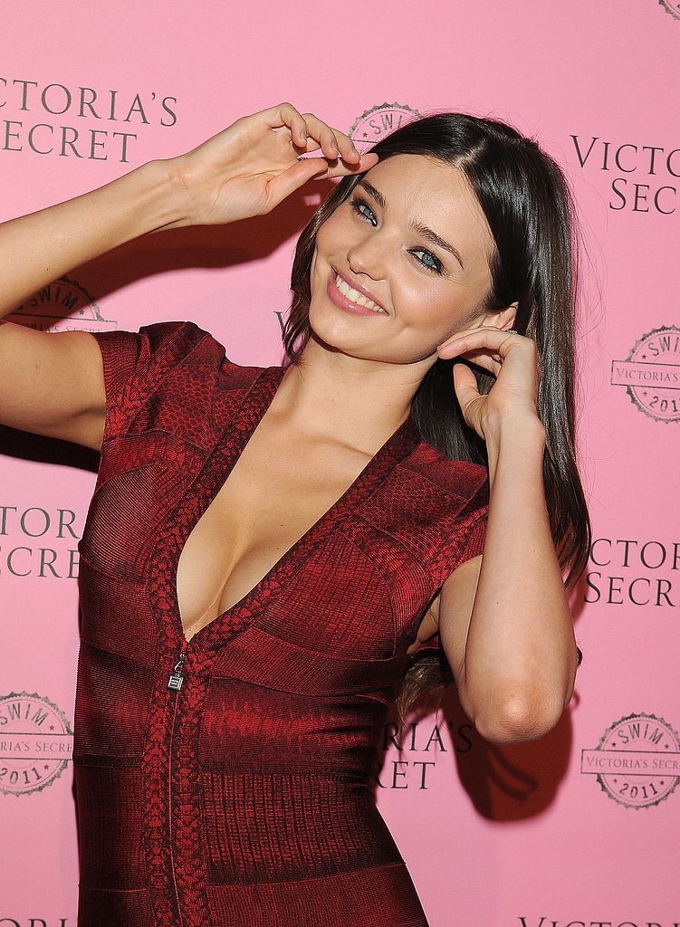 Hot Mama! Miranda Kerr's Post-Baby Strut For Victoria's Secret
