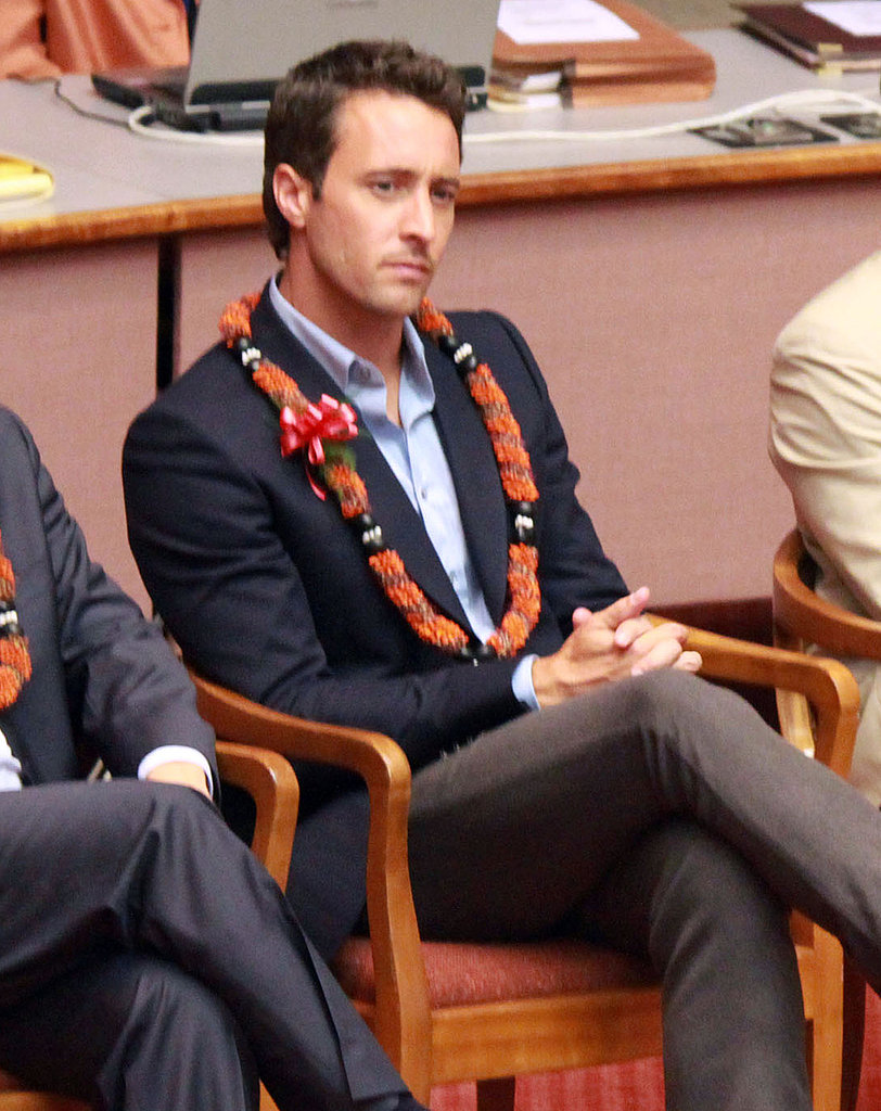 Alex O'Loughlin and Daniel Dae Kim Suit Up and Hang Loose in Hawaii