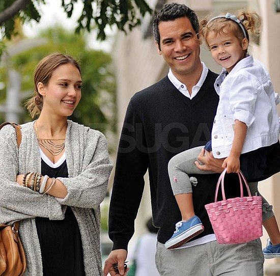 Jessica Alba Pregnant Pictures on Mother's Day