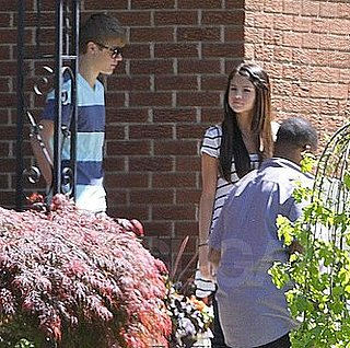 Justin Bieber and Selena Gomez Vacationing in Canada Pictures 2011-06-02 14:38:00