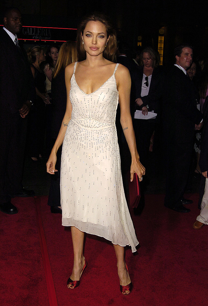 Angelina wore a simple, sequined dress to the L.A. premiere of Sky Captain and the World of Tomorrow.